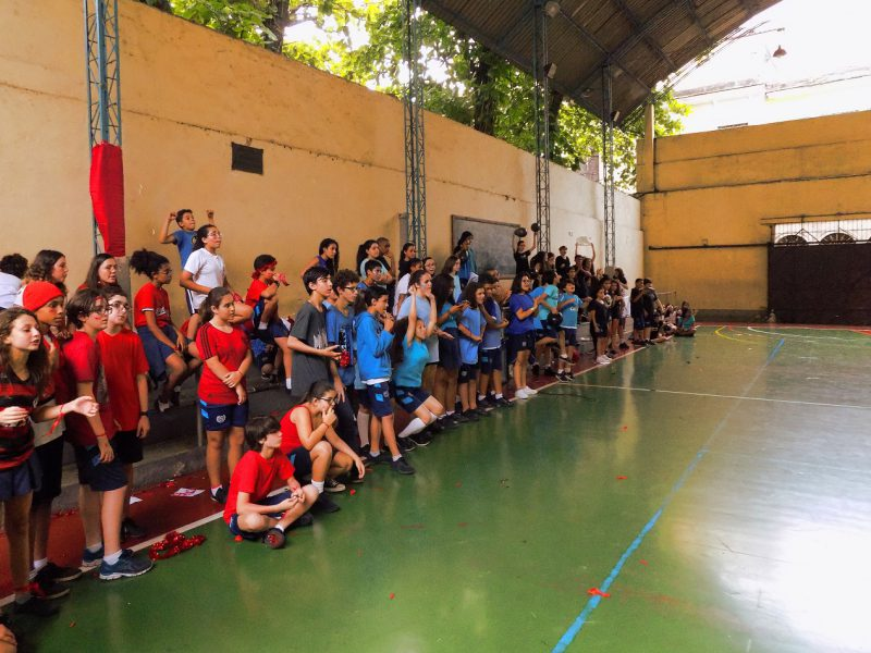 Torcidas do 6º Ano do Ensino Fundamental nos Jogos Interclasses 2019